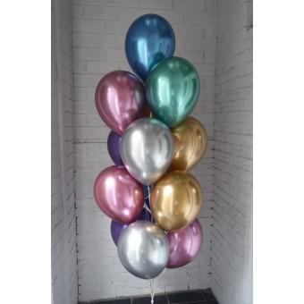 Фонтан из хромированных шаров